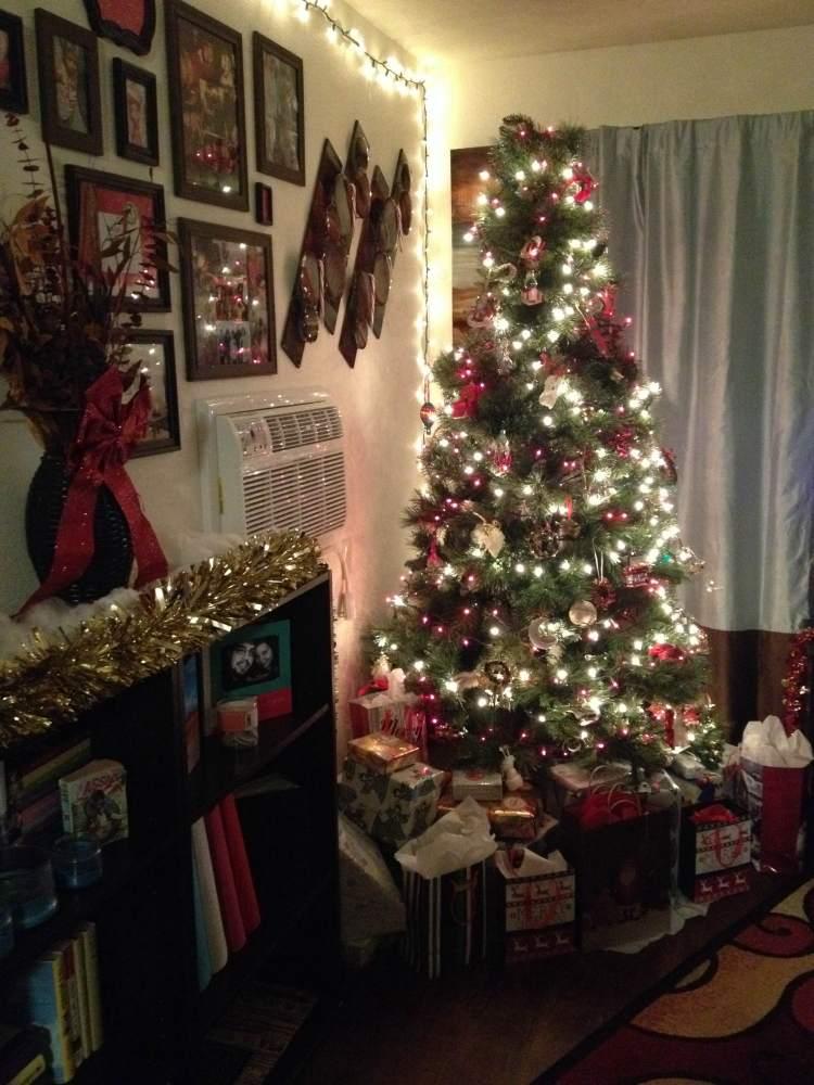1st Day Of Christmas: Oh, Christmas Tree (1/2)