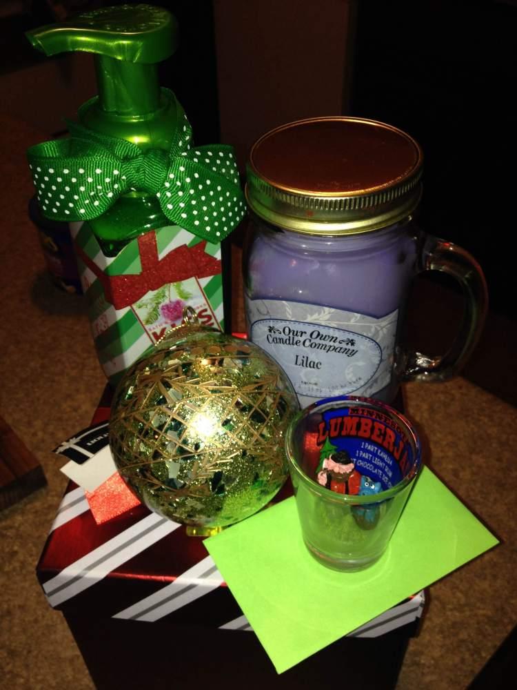 5th Day Of Christmas: Secret Santa (1/2)